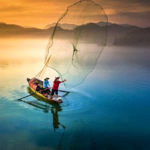 Temasek Photo Circuit Merit Award - Weimeng Shi (China)  Fishing In The Morning
