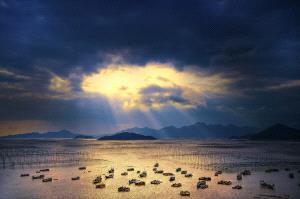 Temasek Photo Circuit Merit Award - Chunxin Ye (China)  Fishing Village On The Sea