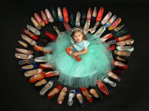Temasek Photo Circuit Merit Award - Alexander Hochhaus (Germany)  Shoetime