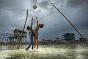 Temasek Photo Circuit Silver Medal - Tow Shen Ling (Malaysia)  Water Volleyball