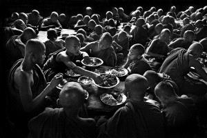 Temasek Photo Circuit Merit Award - Zaw Min (Myanmar) <br /> Lunch Time