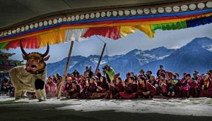 Temasek Photo Circuit Merit Award - Baoyi Huang (China)  Tibetan Opera