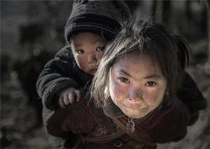 Temasek Photo Circuit Merit Award - Jing Lai (China)  Childhood
