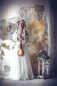 PhotoVivo HM - Ruslan Bolgov (Lithuania)  White Melody