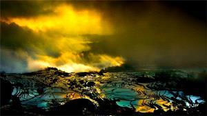 Temasek Photo Circuit Gold Medal - Weihua Huang (China)  Fire Clouds In Hani Terrace