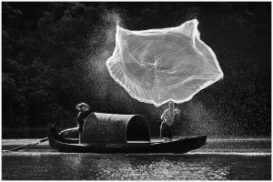 Temasek Photo Circuit Silver Medal - Thomas Lang (USA) <br /> Fishing Net