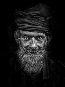 PhotoVivo Honor Mention - Yi Huang (China)  Old Man2
