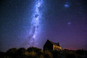 PhotoVivo Gold Medal - Ling Xie (China)  Under Starry Sky