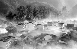 TPC Merit Award - Renfa Mao (China)  The Mist Village 2
