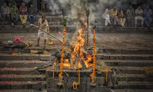 PhotoVivo Honor Mention - Adji Rukmantara (Indonesia) <br /> The Cremation
